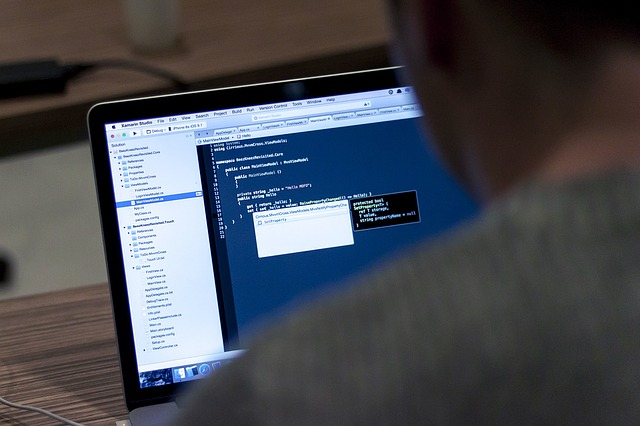 online-games-to-help-you-improve-coding-a